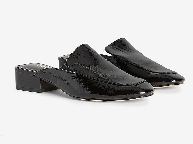 the low heeled black mules