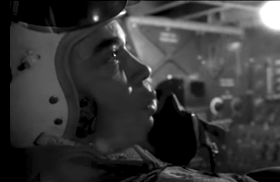 James Earl Jones on the plane radio as one of the bombers