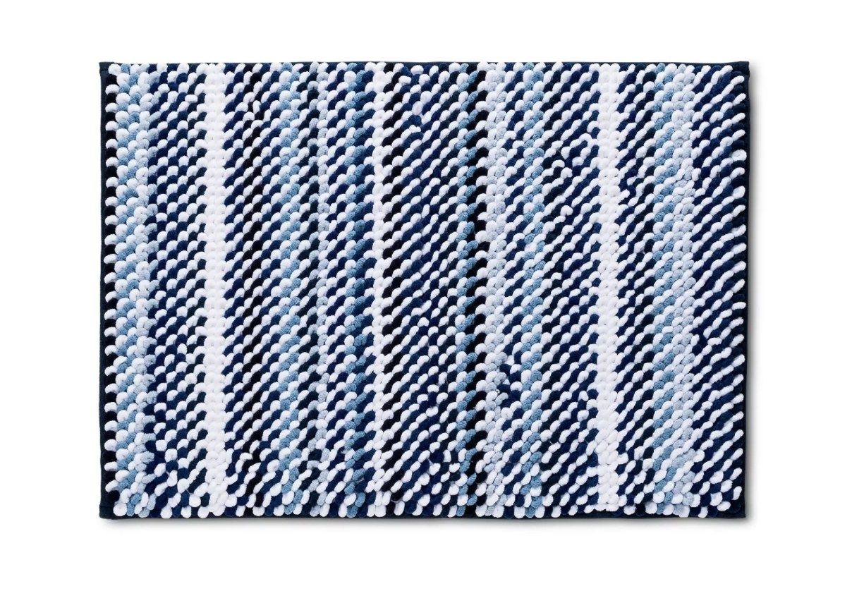 The rug in blue striped