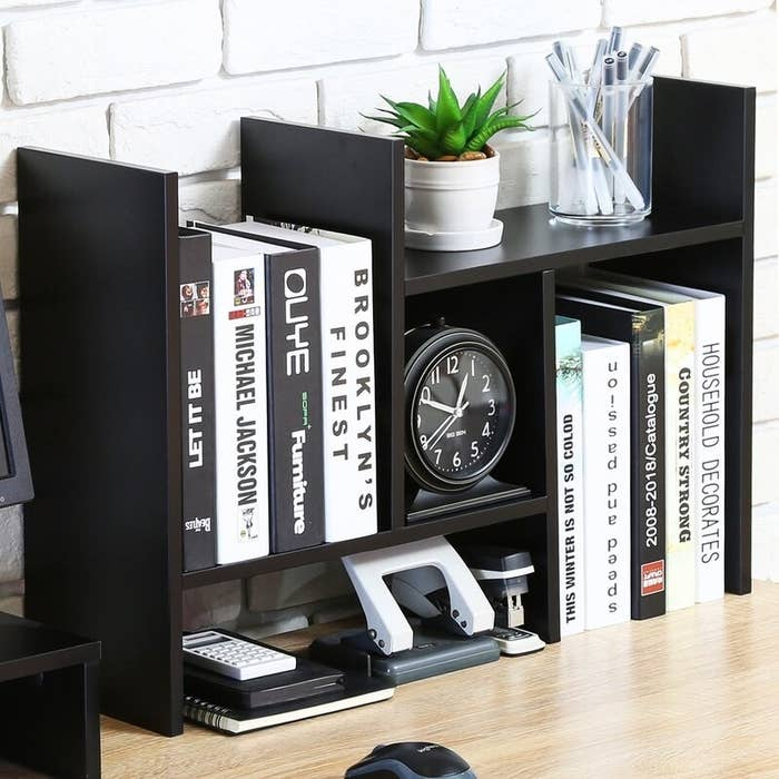 The desktop organizer
