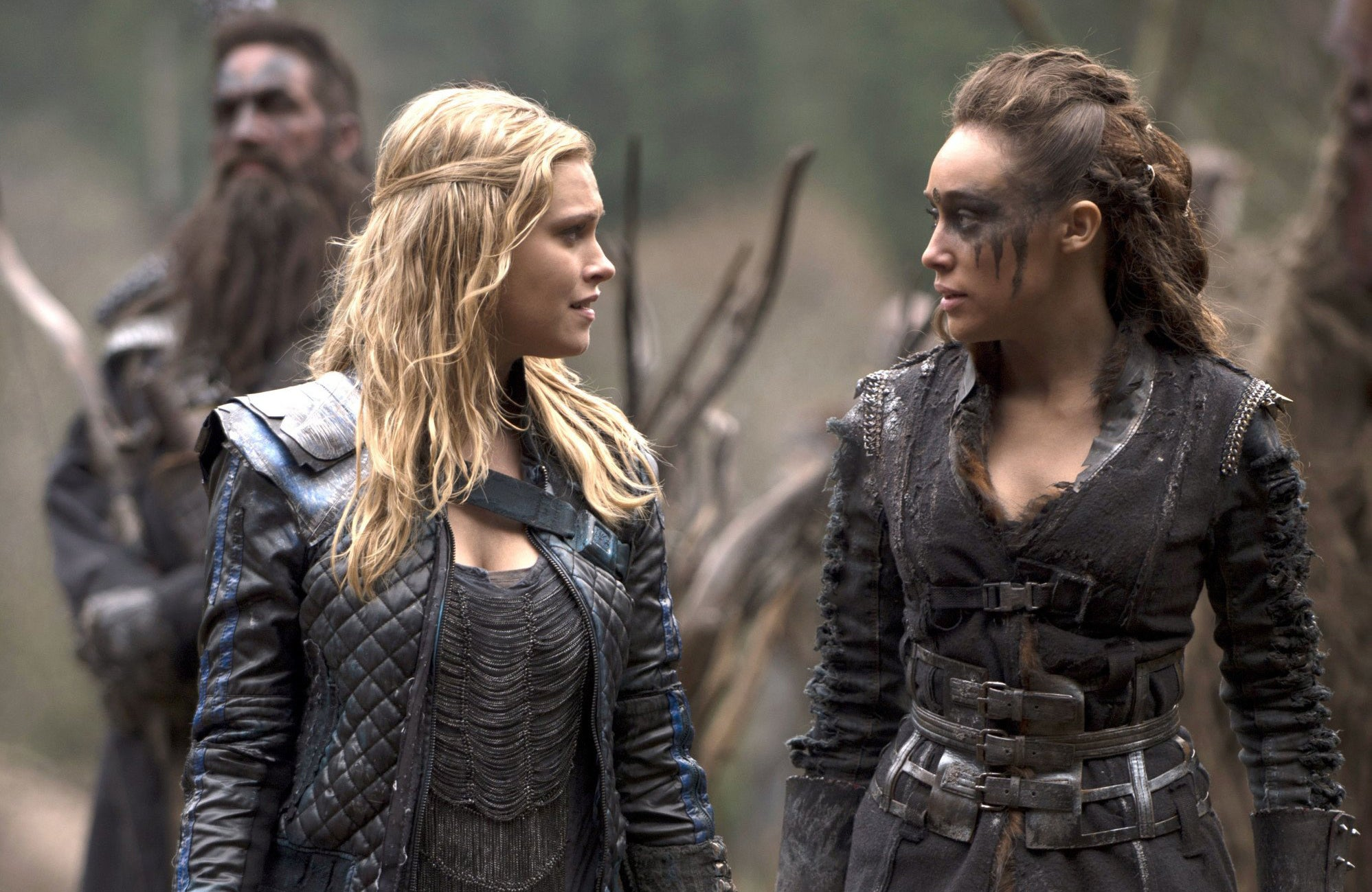 Lexa and Clarke look at each other