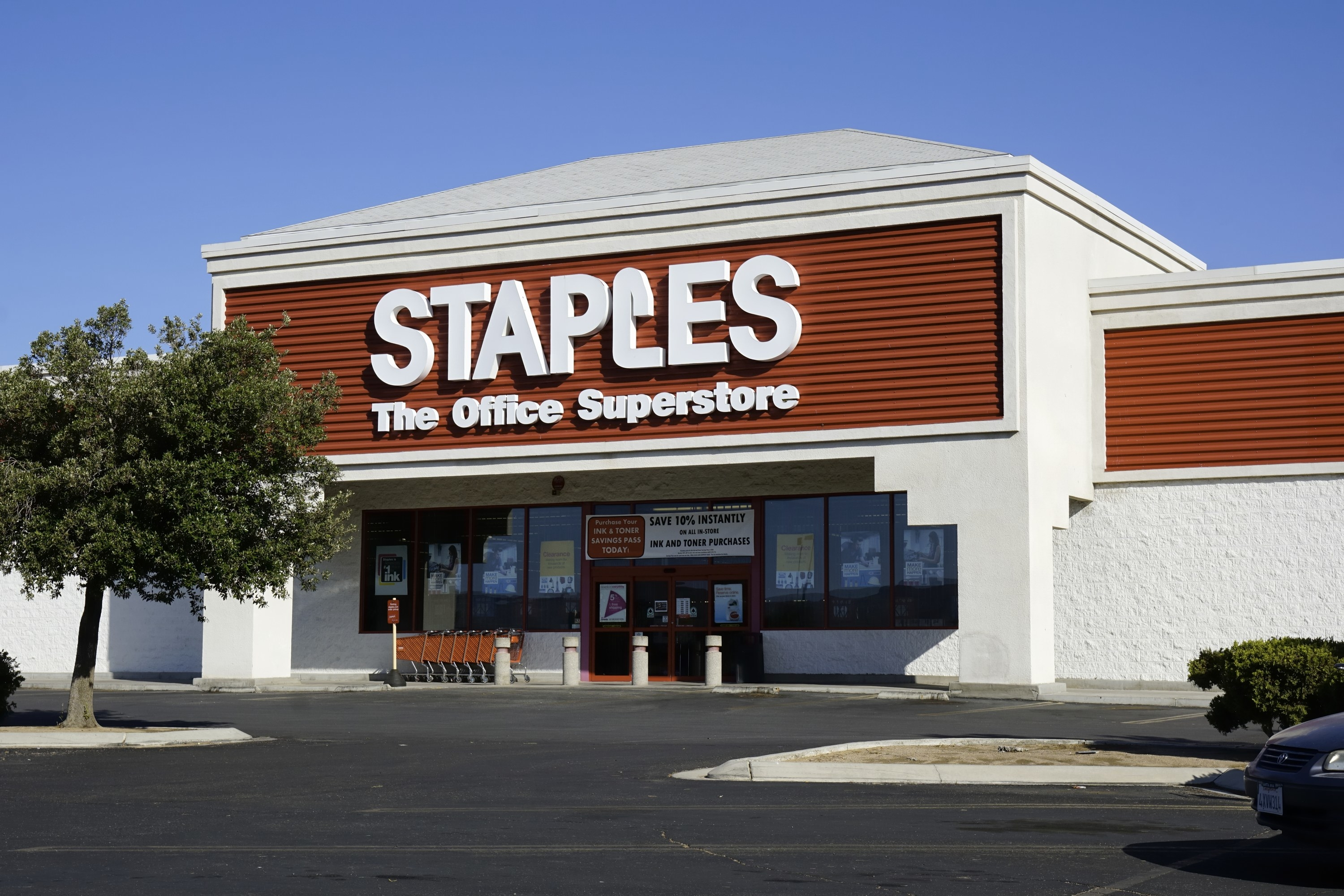 A Staples storefront