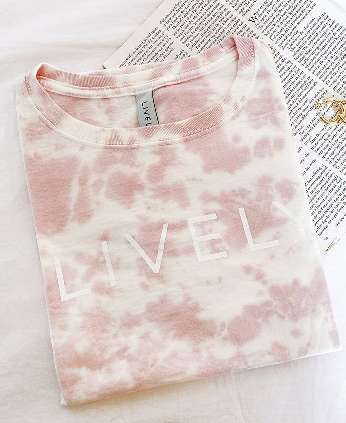 the pink cotton tee