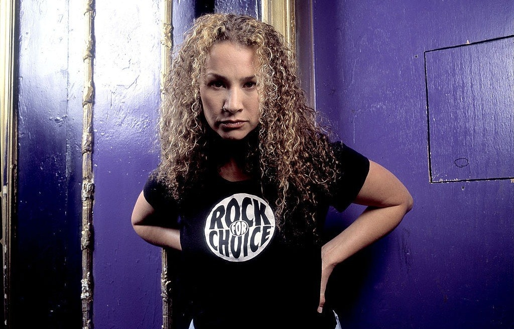 Joan Osborne wears a Rock for Choice t-shirt