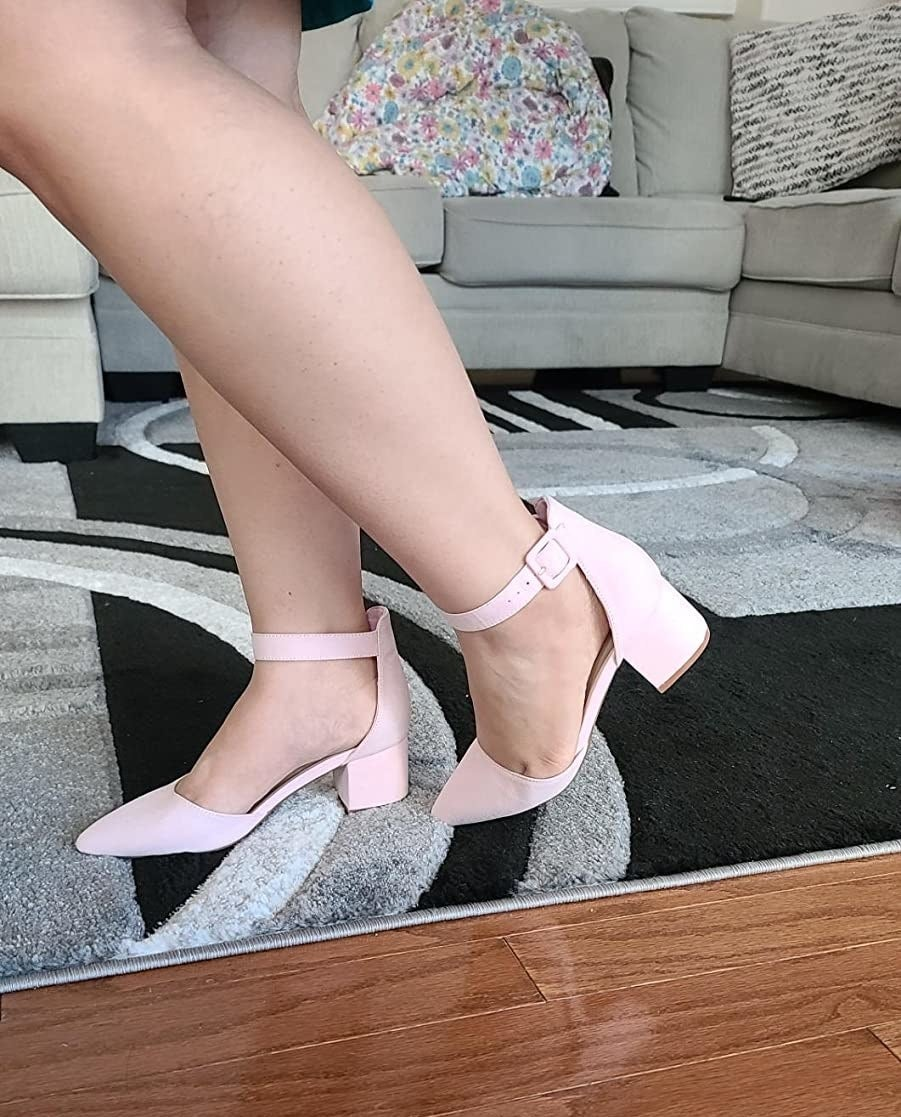the pumps in pink