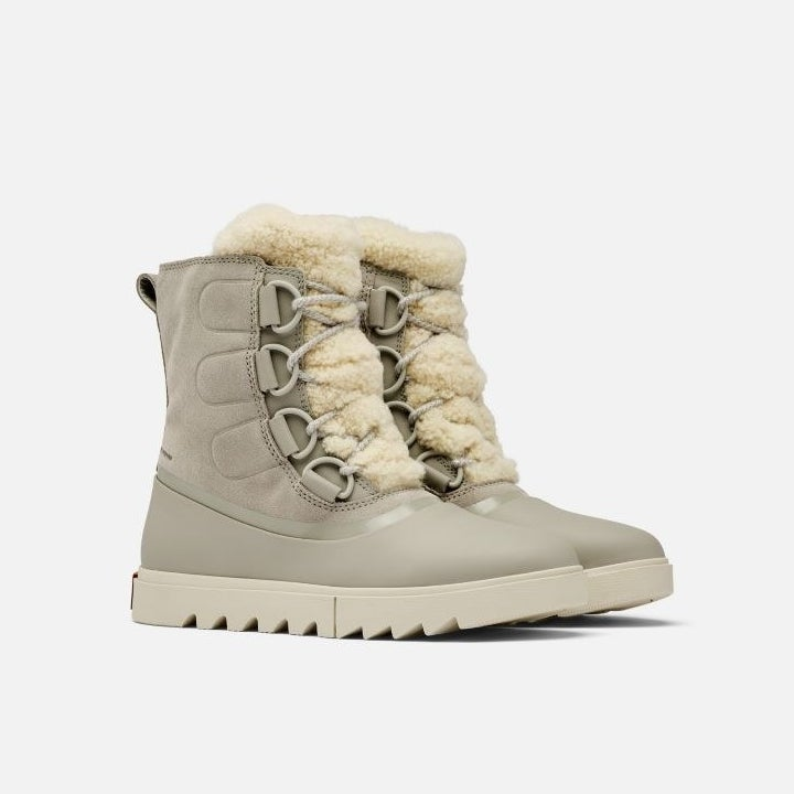 the gray snow boots