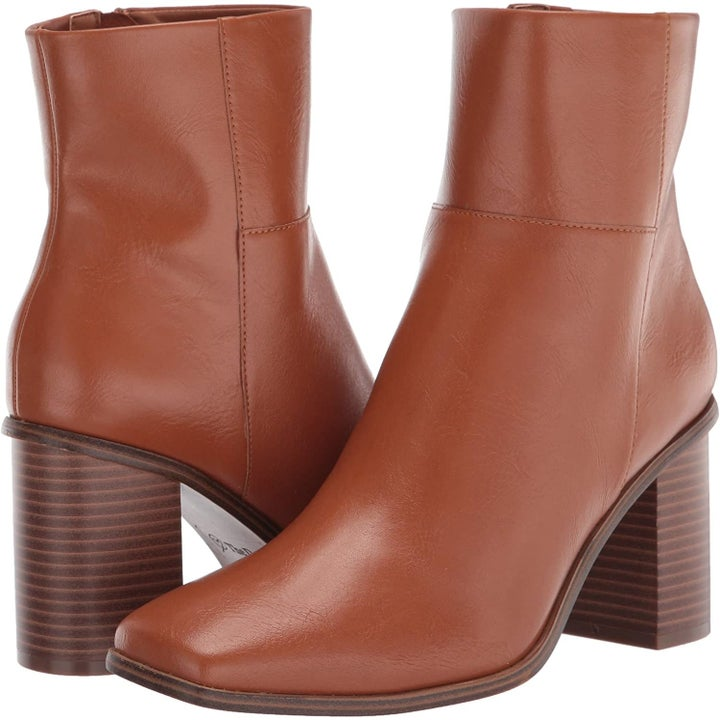 the brown boots