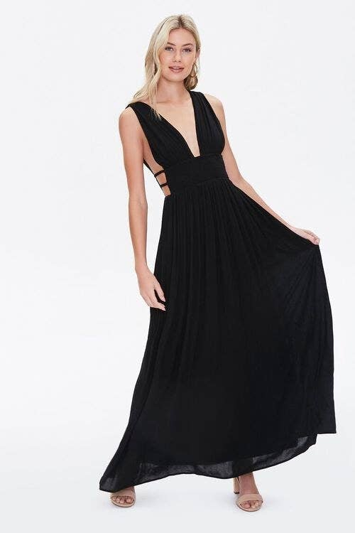 Model wearing the dress in the color Black