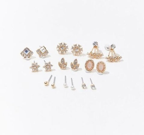 The earring set