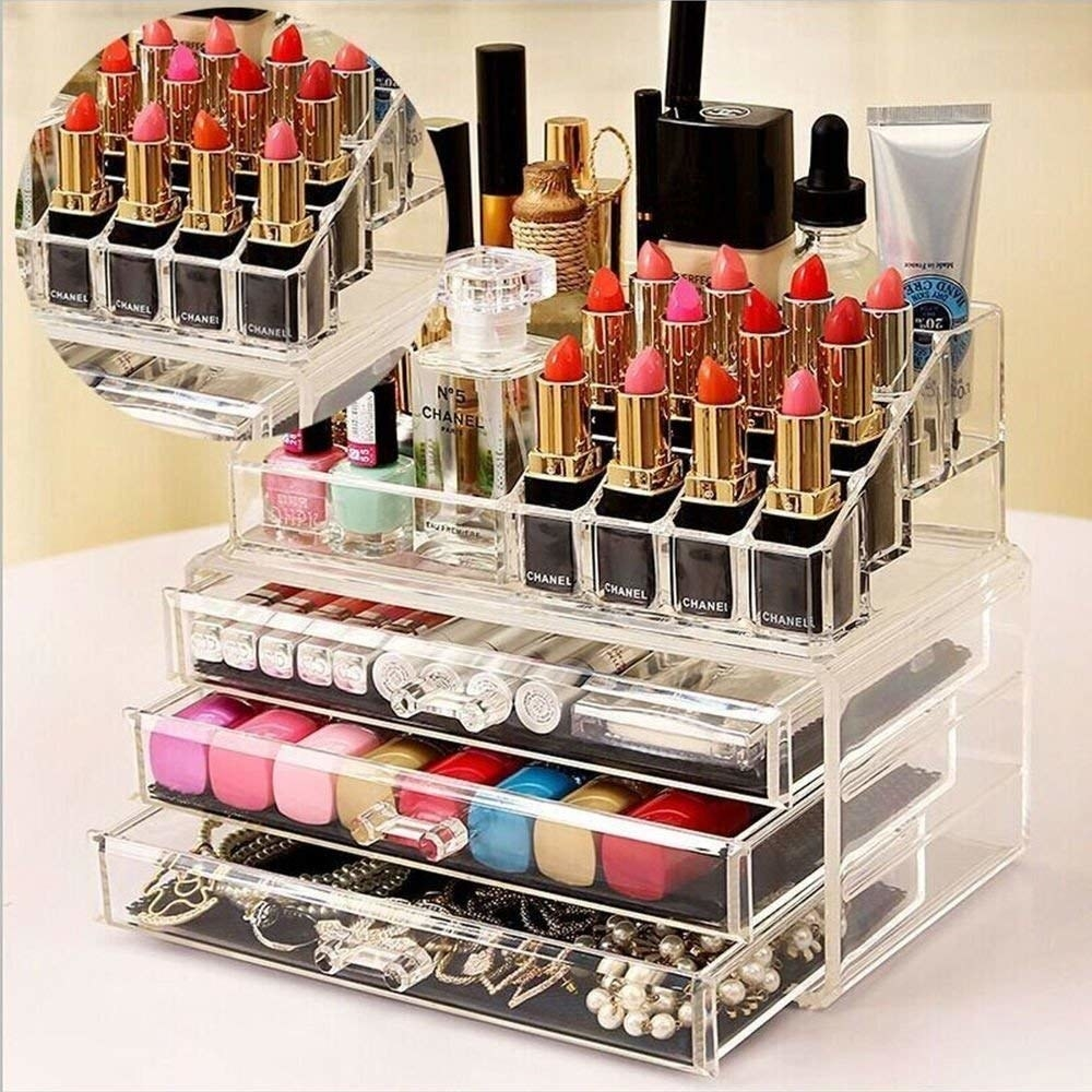 A makeup organiser with different makeup items in it