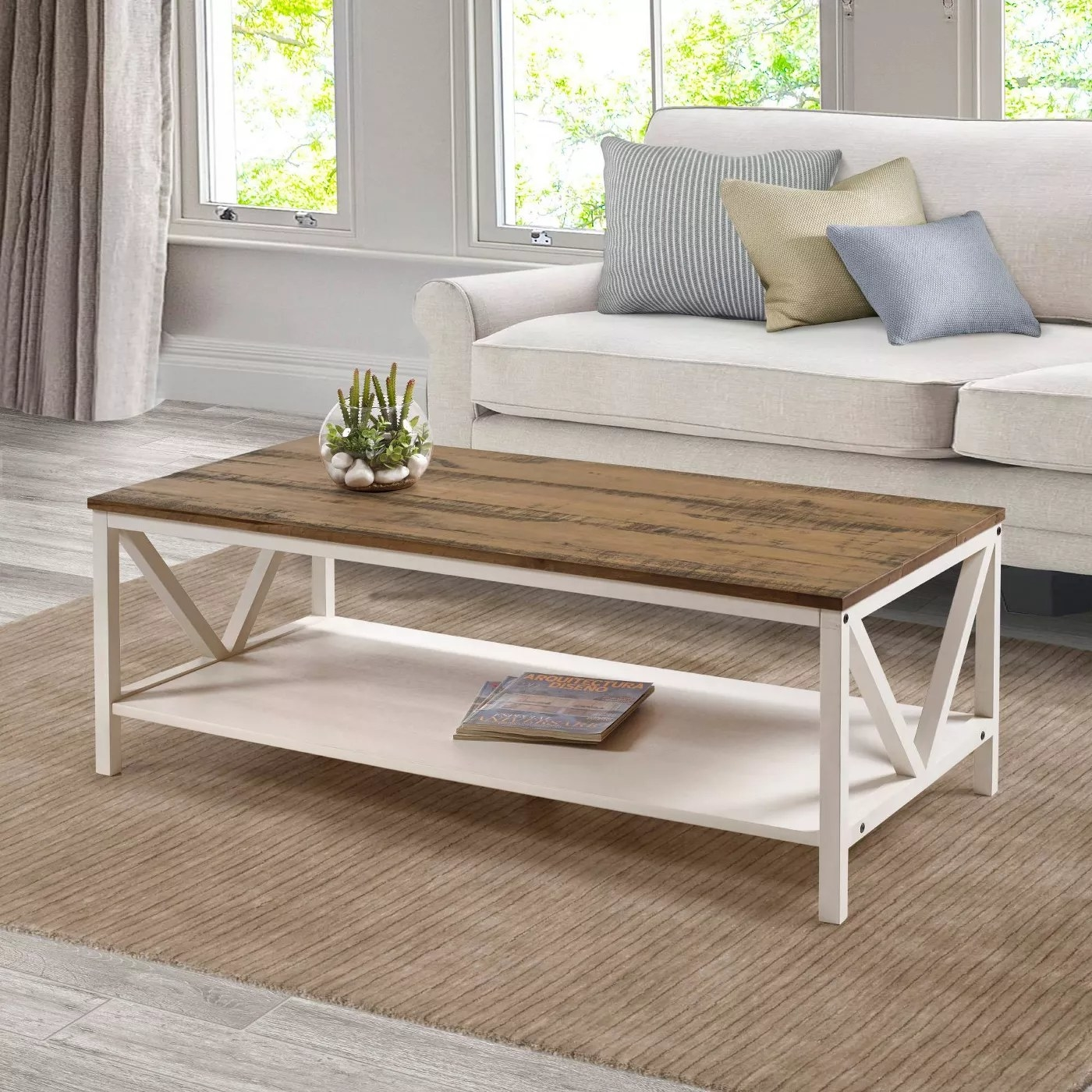 The coffee table in barnwood/white