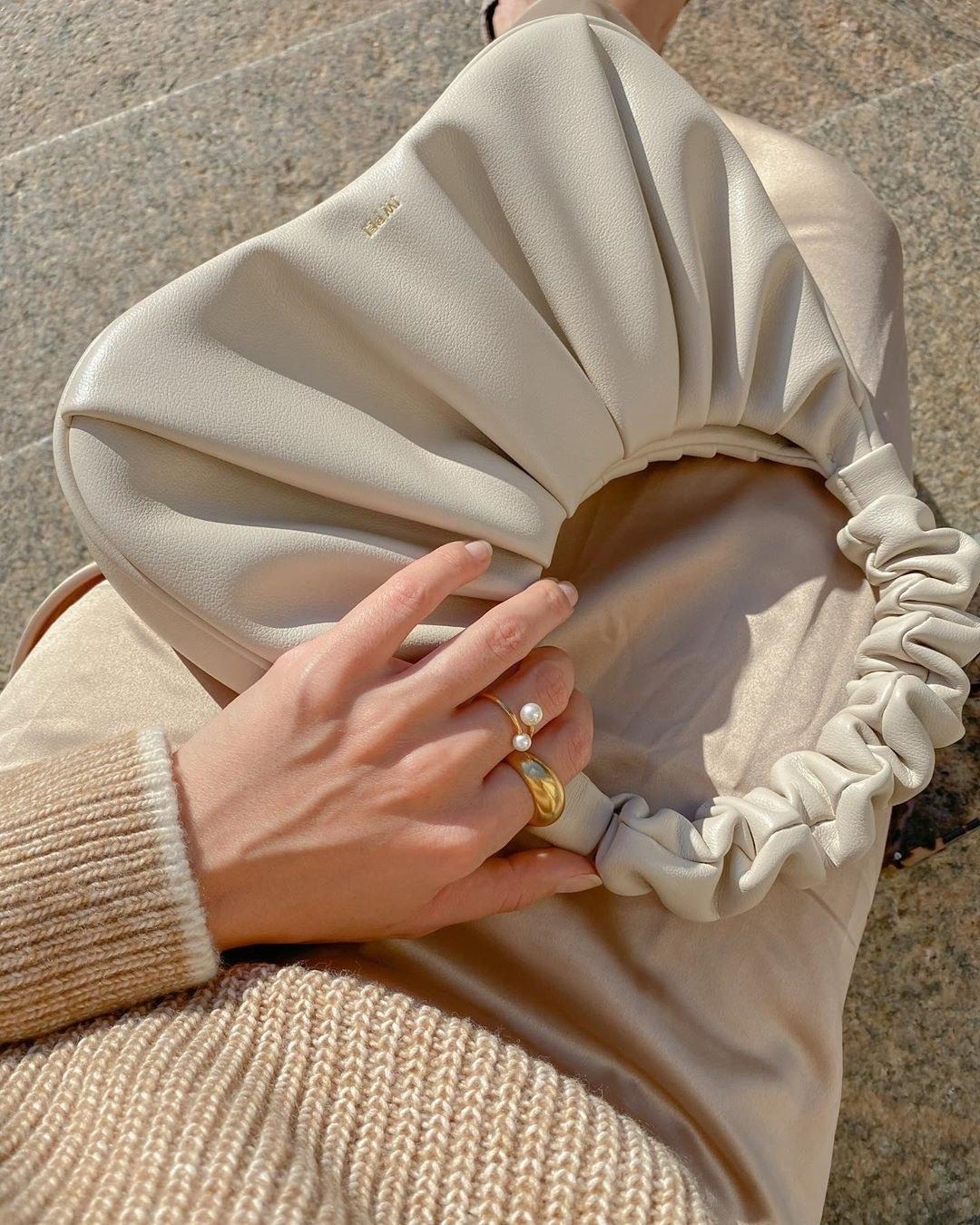 bunched handle ivory handbag