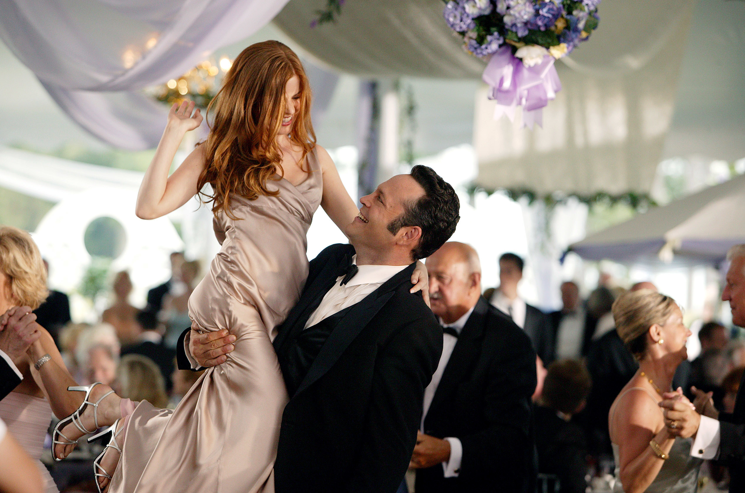 Jeremy and Gloria dancing at the wedding