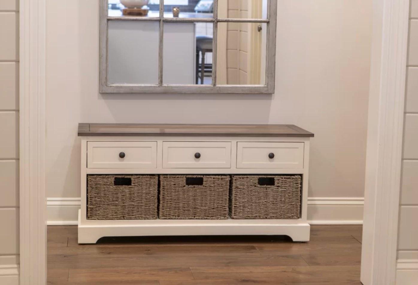 The storage bench in white