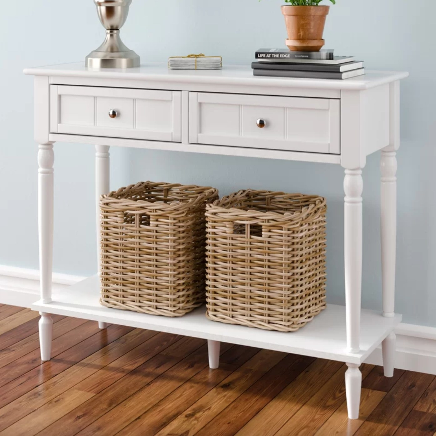 The console table in white