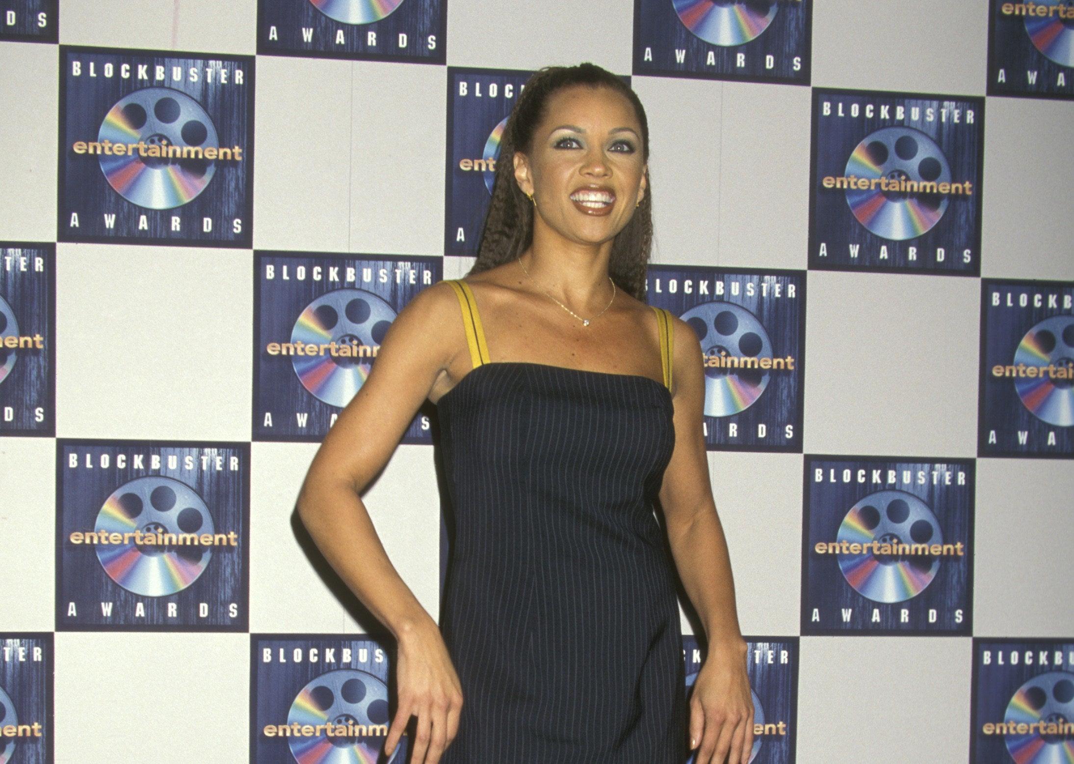 Vanessa Williams backstage at the Blockbuster Entertainment Awards