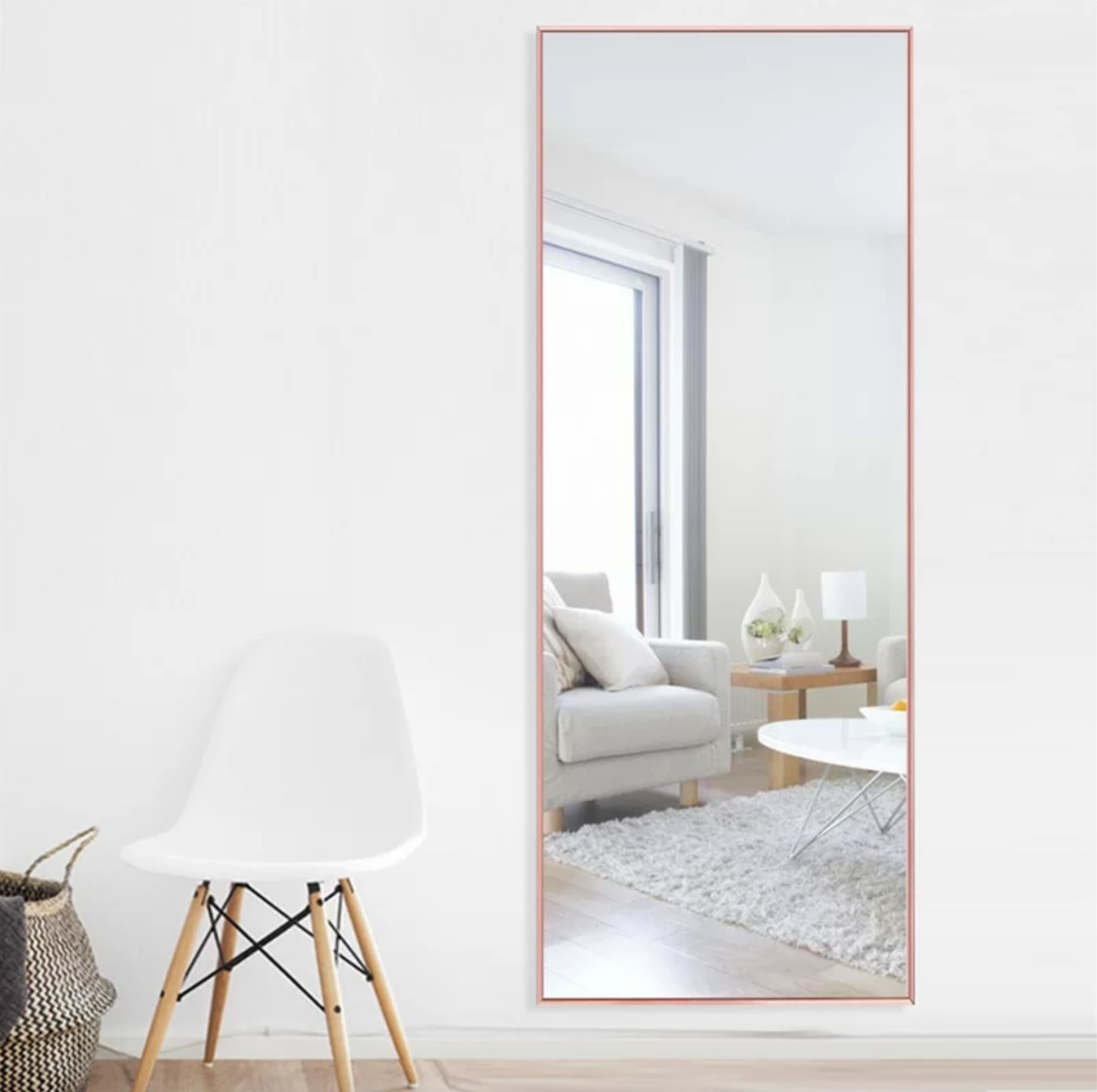 The full-length mirror in peach