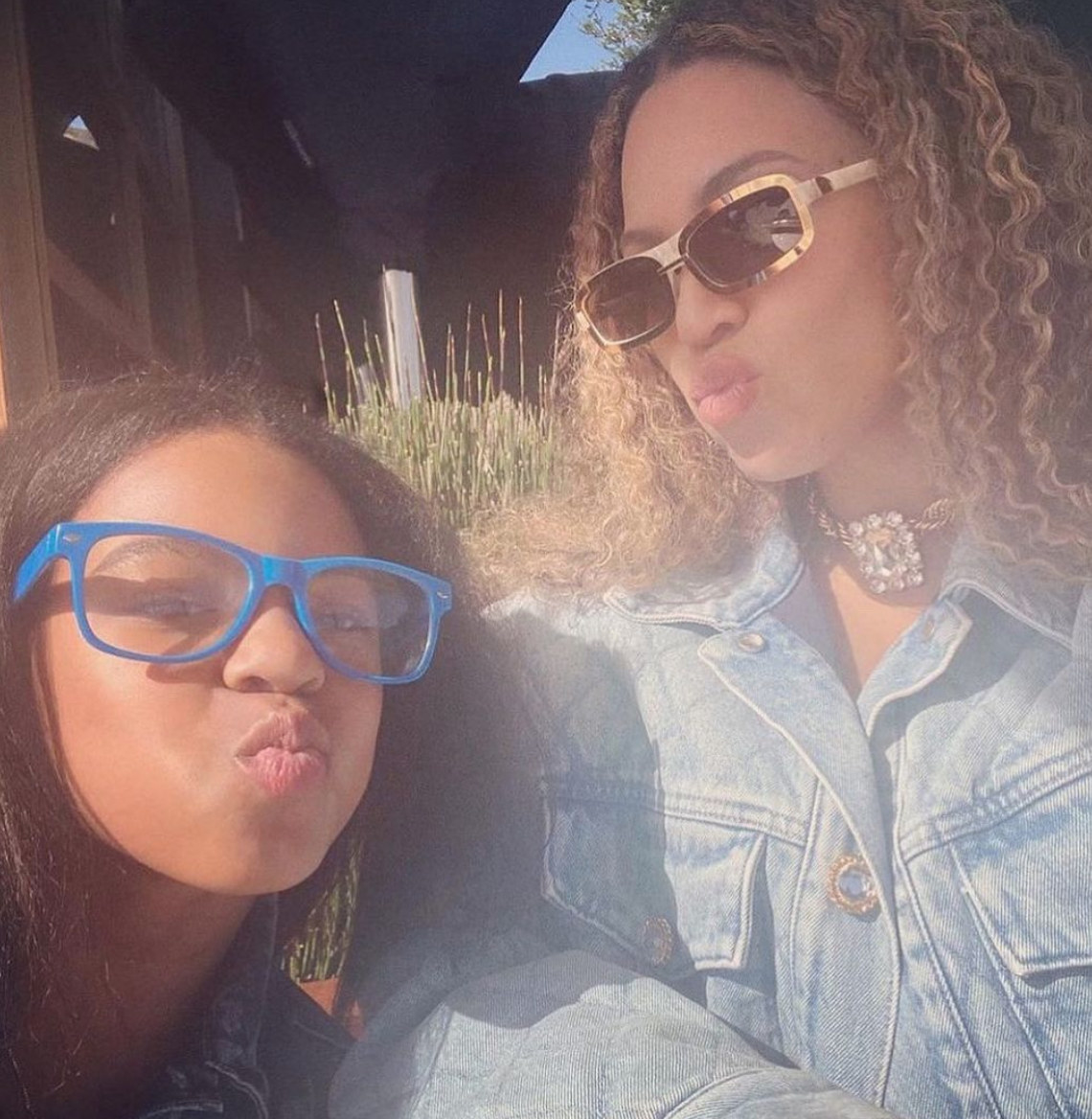 Beyoncé and Blue Ivy wearing glasses