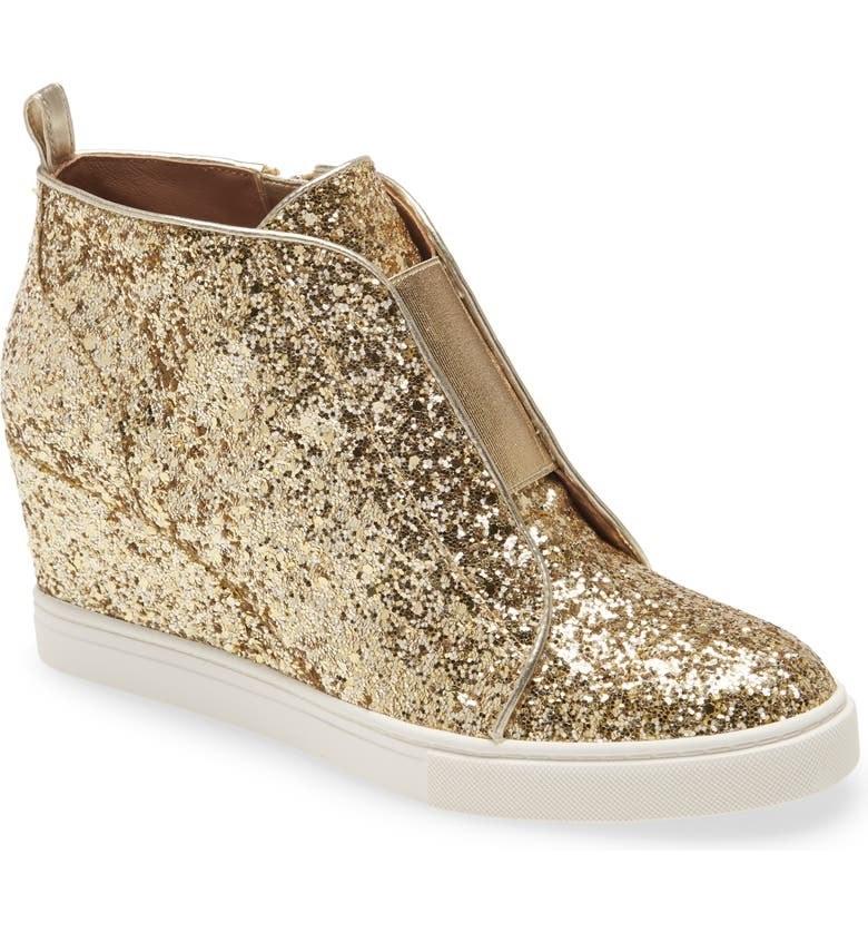 The shoe in Gold Glitter