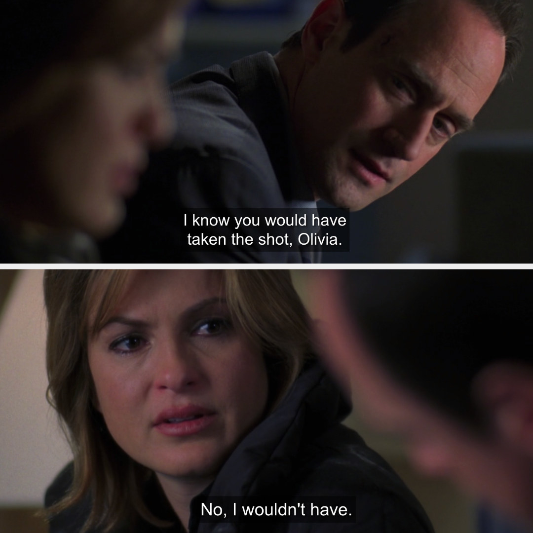 Stabler and Benson having an emotional conversation in the hospital waiting room.