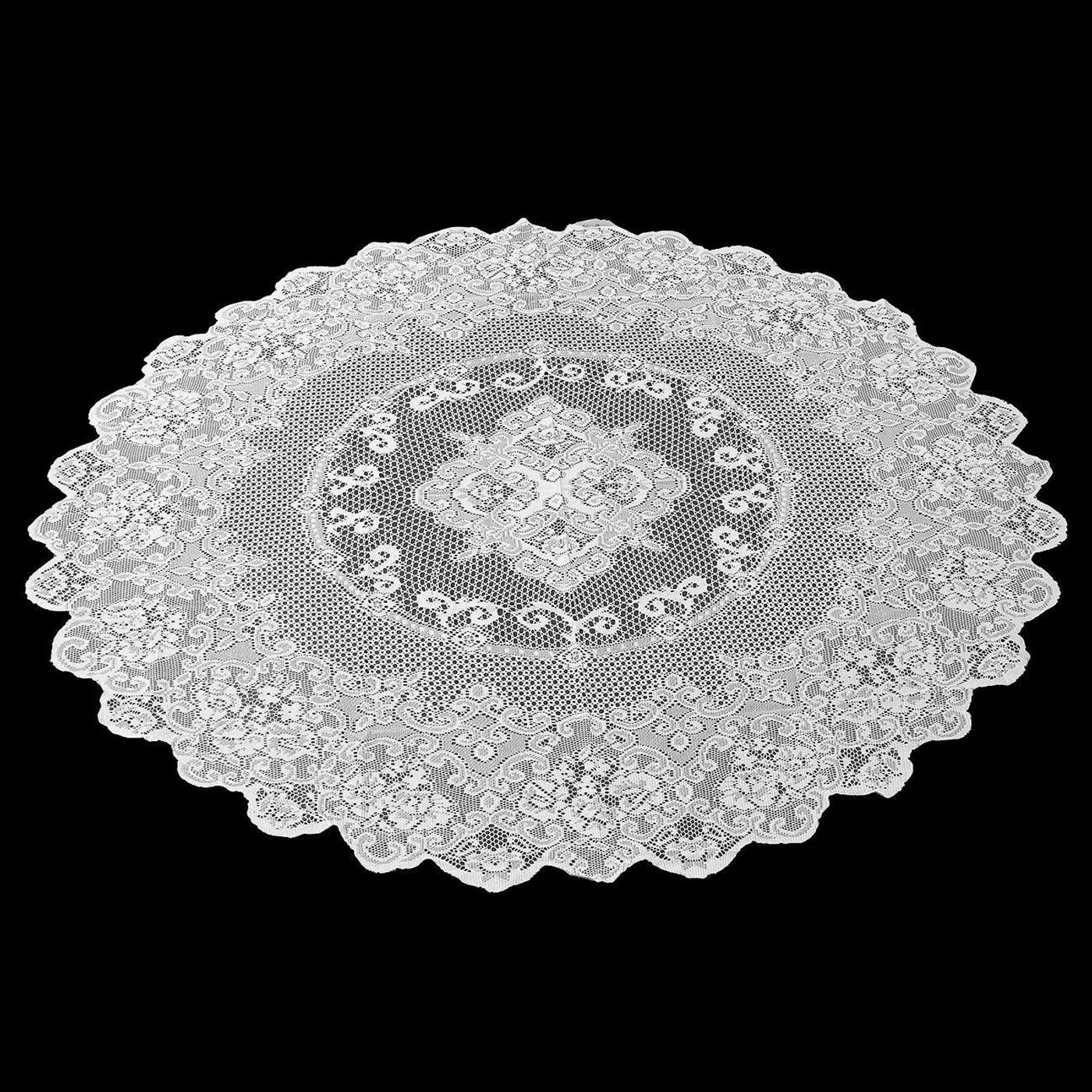 The lace tablecloth