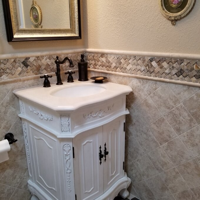 Review photo of the white bathroom vanity