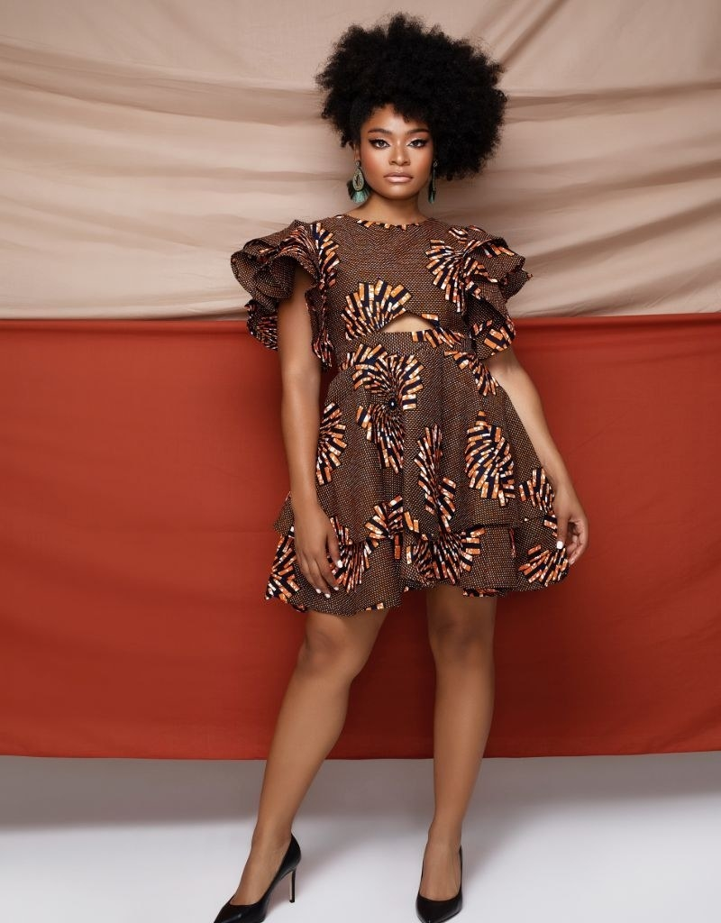 Model wearing ruffle cutout class