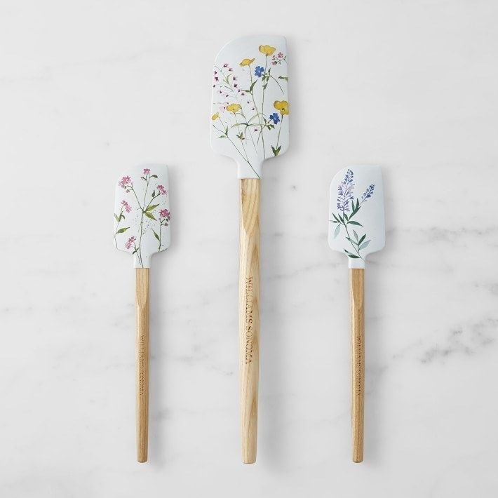 the white spatulas printed with different wildflowers