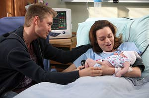 """Lucas and Peyton baby on """"One Tree Hill"""""""