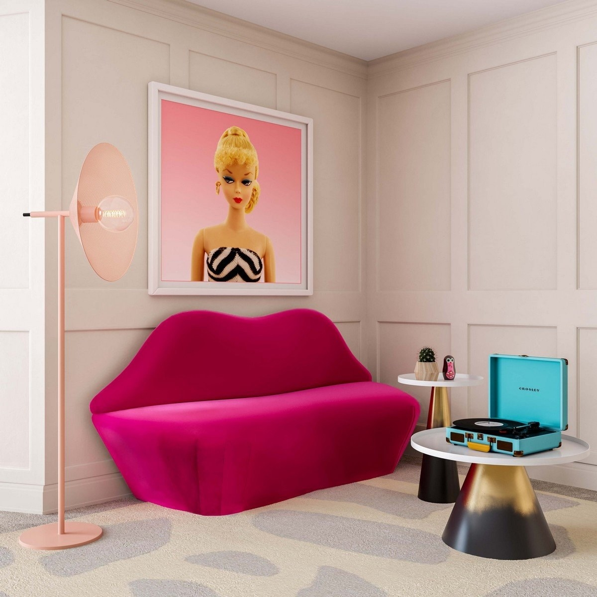 the pink lip-shaped sofa