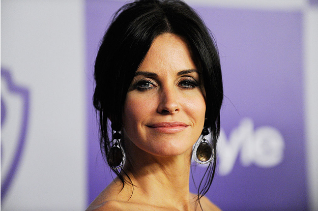 Courteney Cox Revealed The Organization Level Of Her Kitchen, And It's 100% Monica-Approved