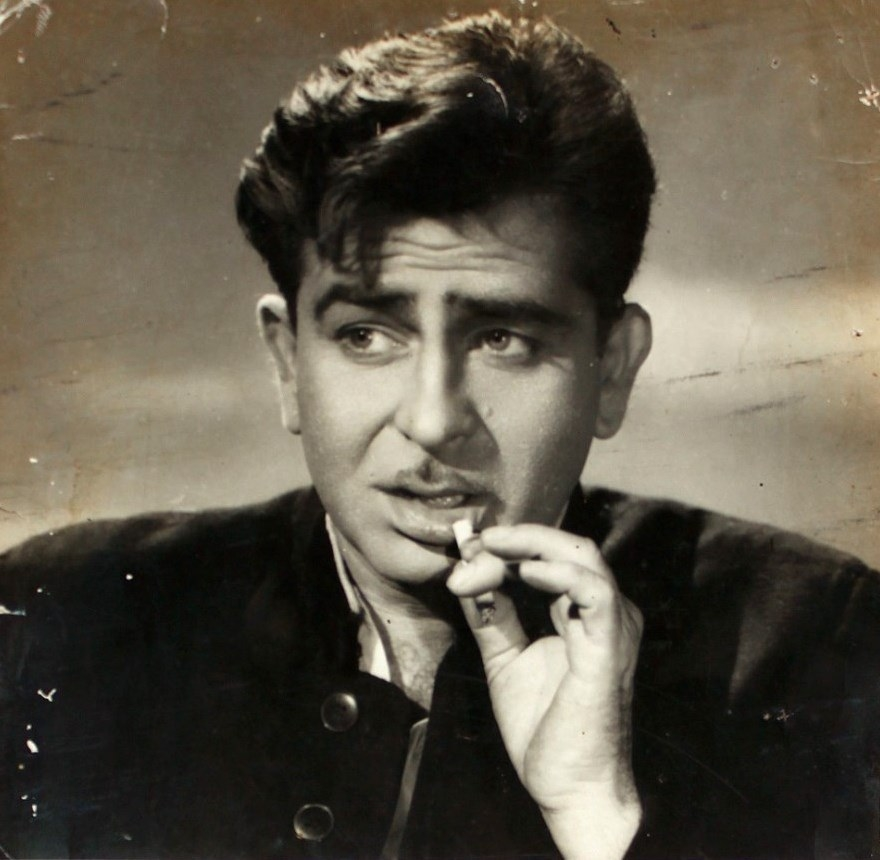Raj in Dil Hi To Hai, 1963