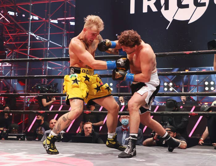 Jake Paul and Ben Askren fighting