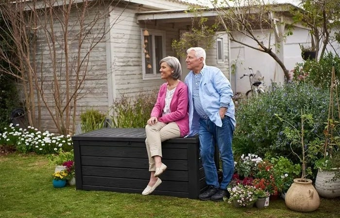 The outdoor storage box