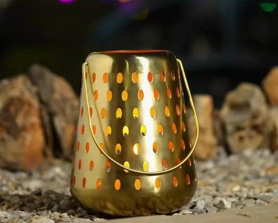 The gold lantern