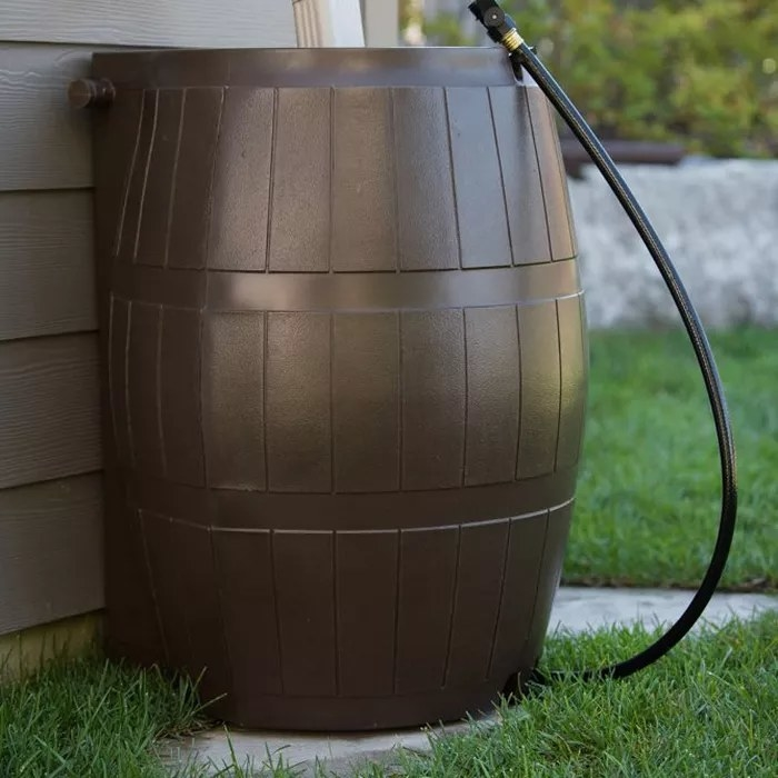 The barrel with the attached hose