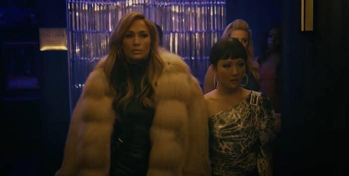 """Jennifer Lopez in a giant fur coat in """"Hustlers"""""""