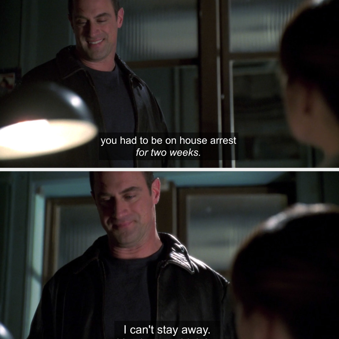 Stabler stopping by Benson's desk for a quick chat