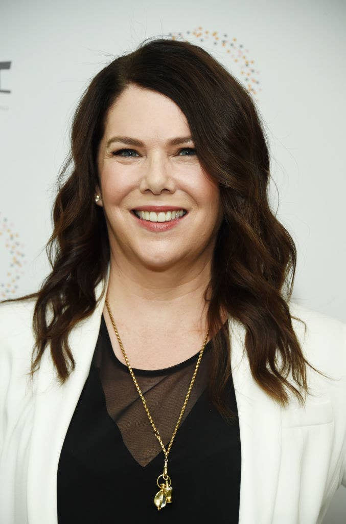 Lauren Graham attends the Women In Entertainment's 4th Annual Summit at the Skirball Cultural Center