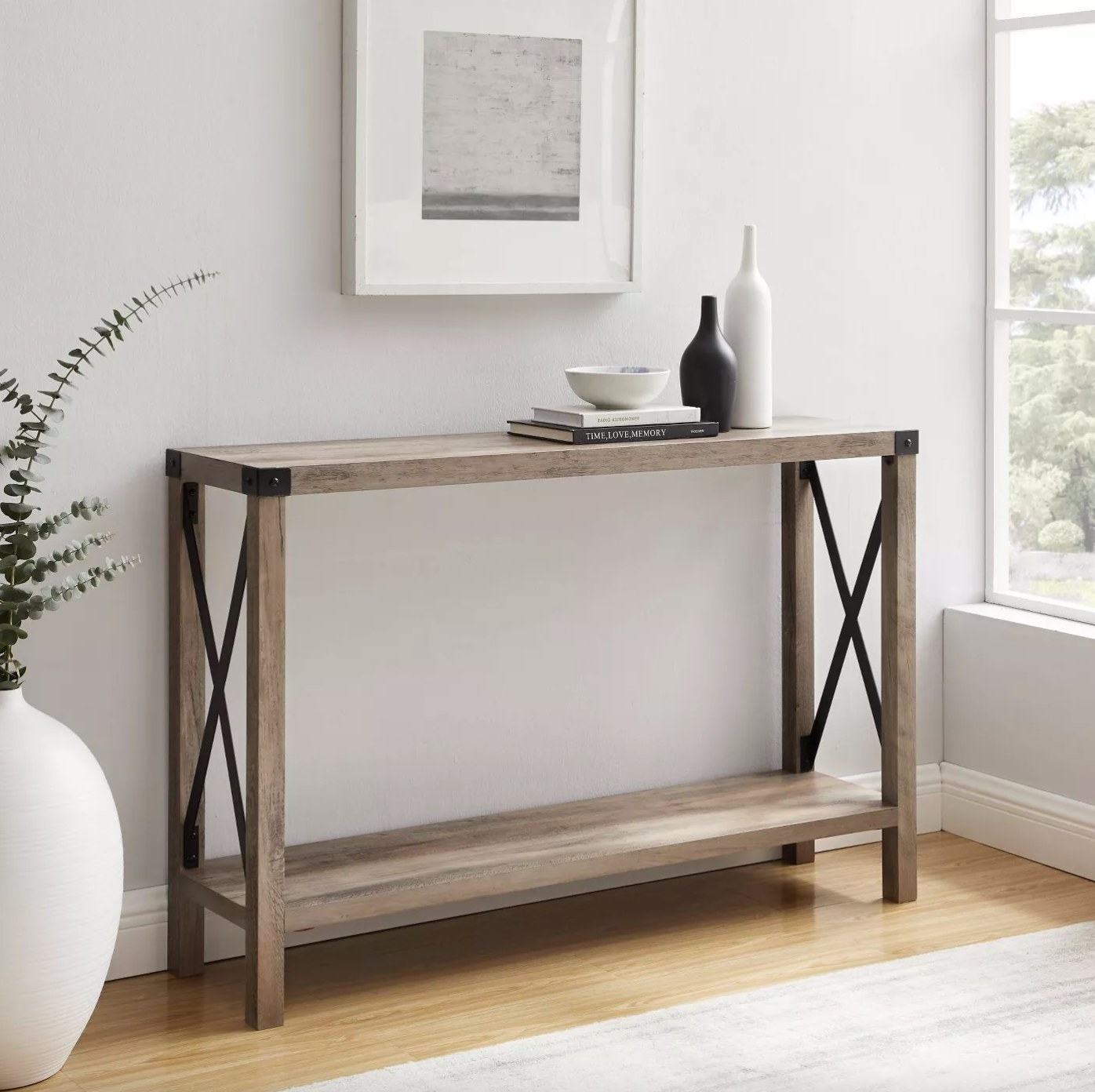 The farmhouse entry table in metal
