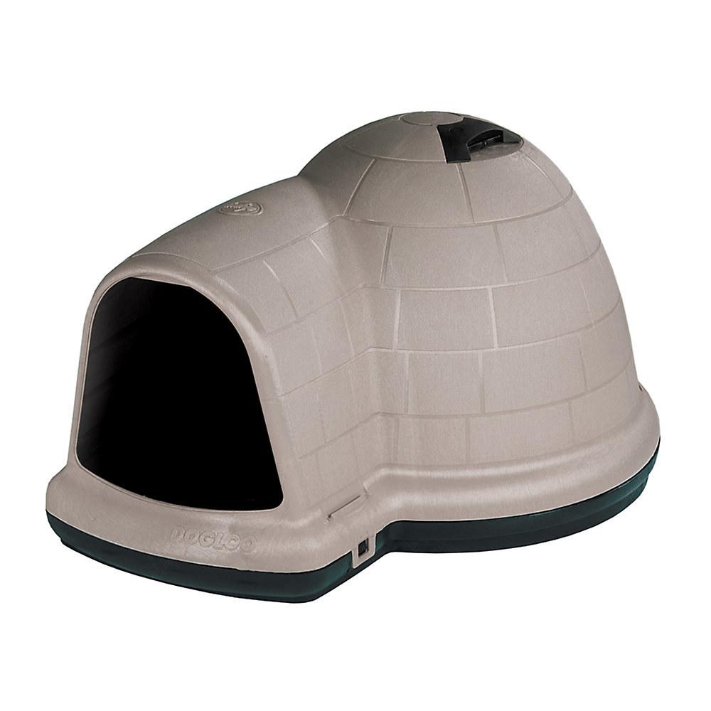The doghouse shaped like an igloo