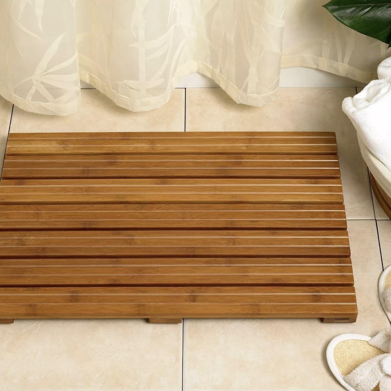 Bamboo bat mat