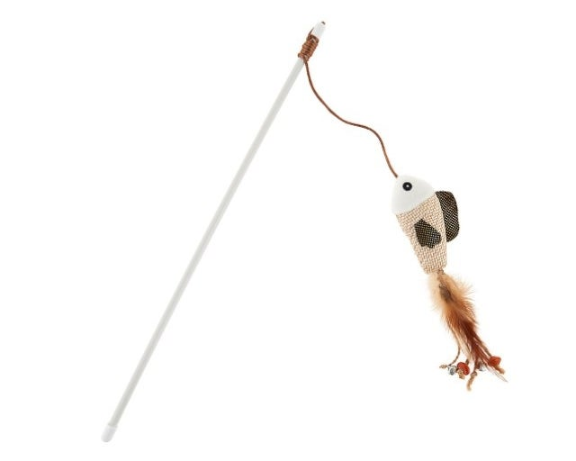 The fish teaser cat toy attaches to a  white wand