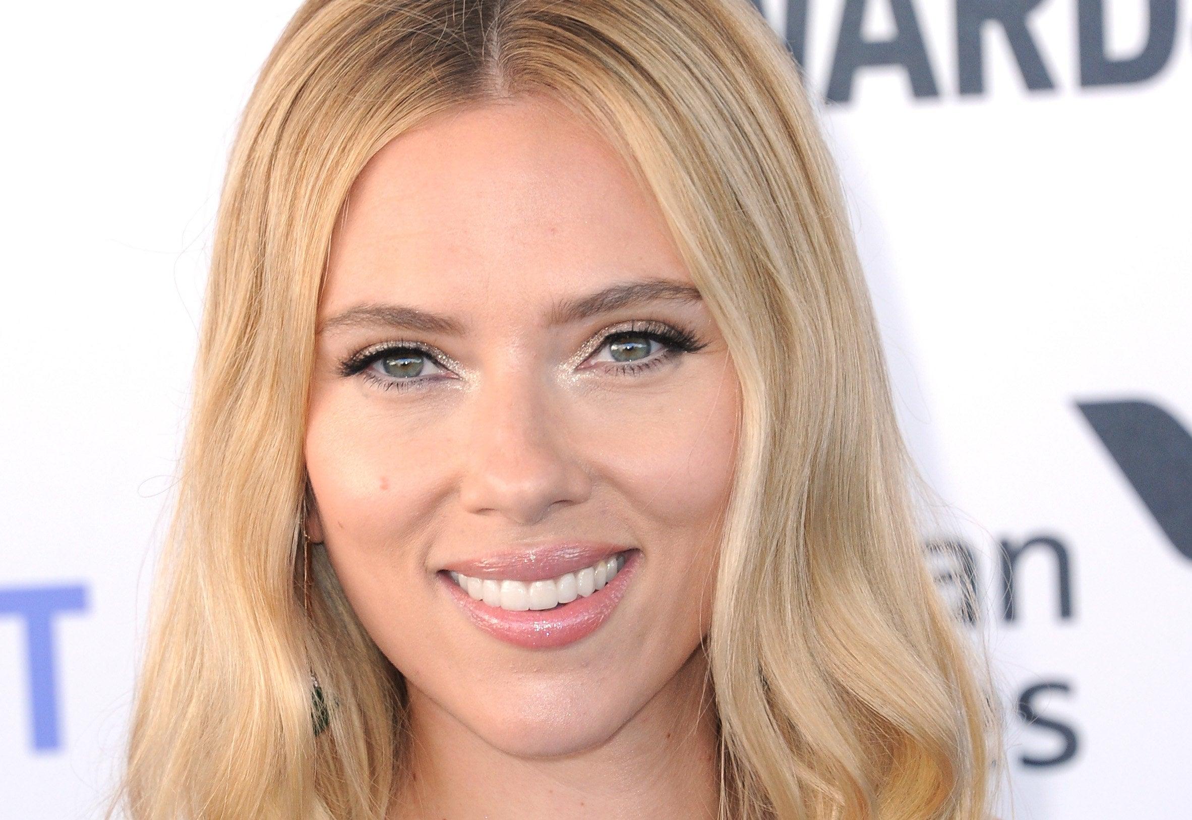 Photo of Scarlett Johansson smiling