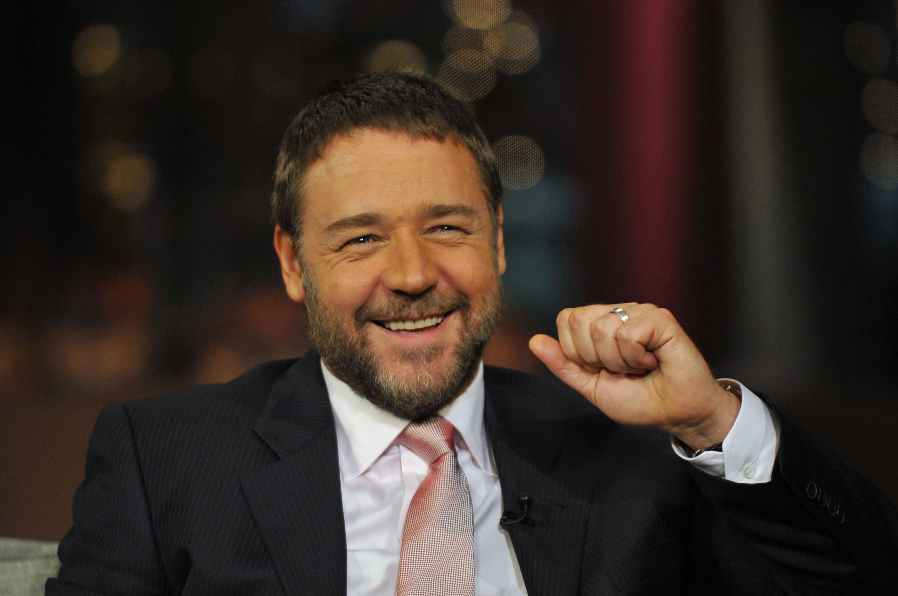 Photo of Russell Crowe smiling