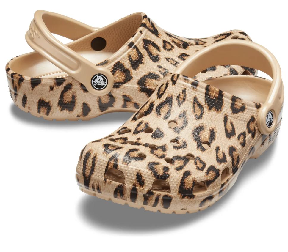 cheetah print Crocs clogs