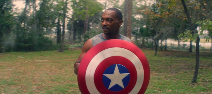 """Sam Wilson holding the shield in """"The Falcon and The Winter Soldier"""""""