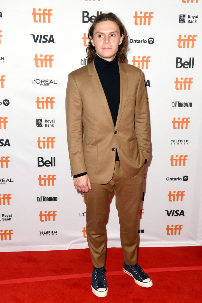 "Evan Peters attends the ""I Am Woman"" premiere"
