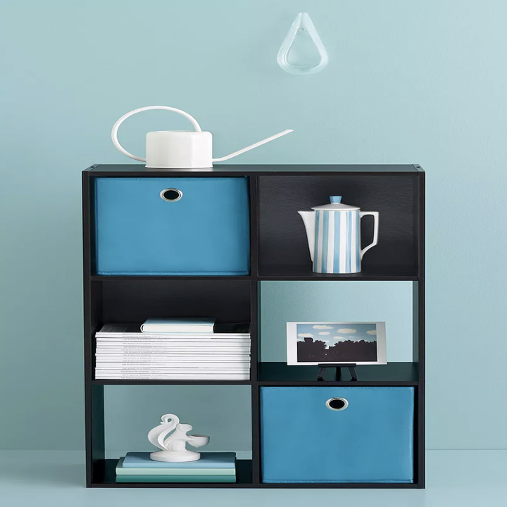Six-cube organizer with items inside