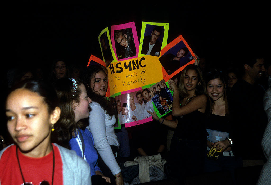 an nsync fan sign